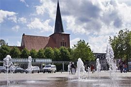 Markt und Stadtkirche in Neustadt in Holstein
